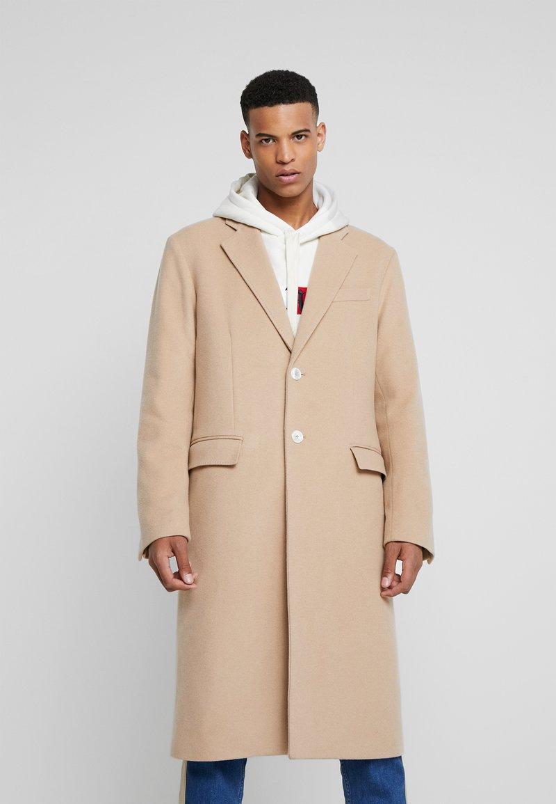 Tommy Hilfiger - LEWIS HAMILTON  COAT LONG - Classic coat - beige