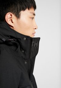 Tommy Hilfiger - HEAVY - Winter coat - black - 6
