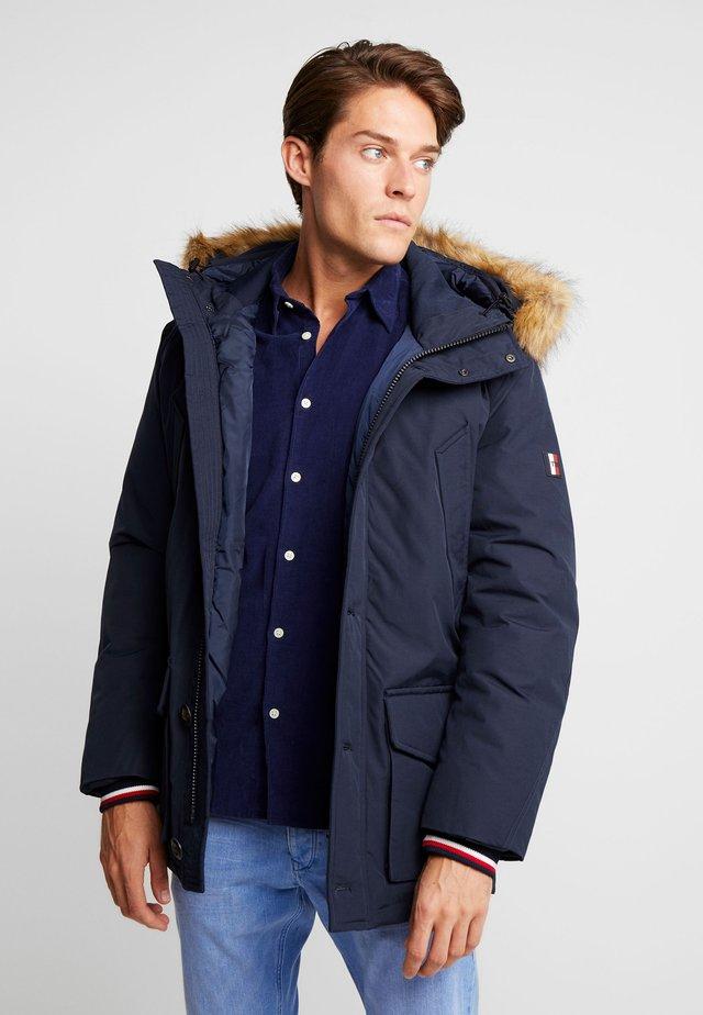 HAMPTON - Gewatteerde jas - blue