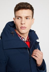 Tommy Hilfiger - HEAVY BOMBER - Winter jacket - blue - 5