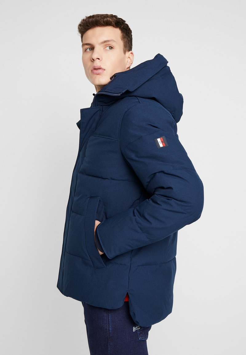 Tommy Hilfiger - HEAVY BOMBER - Winter jacket - blue