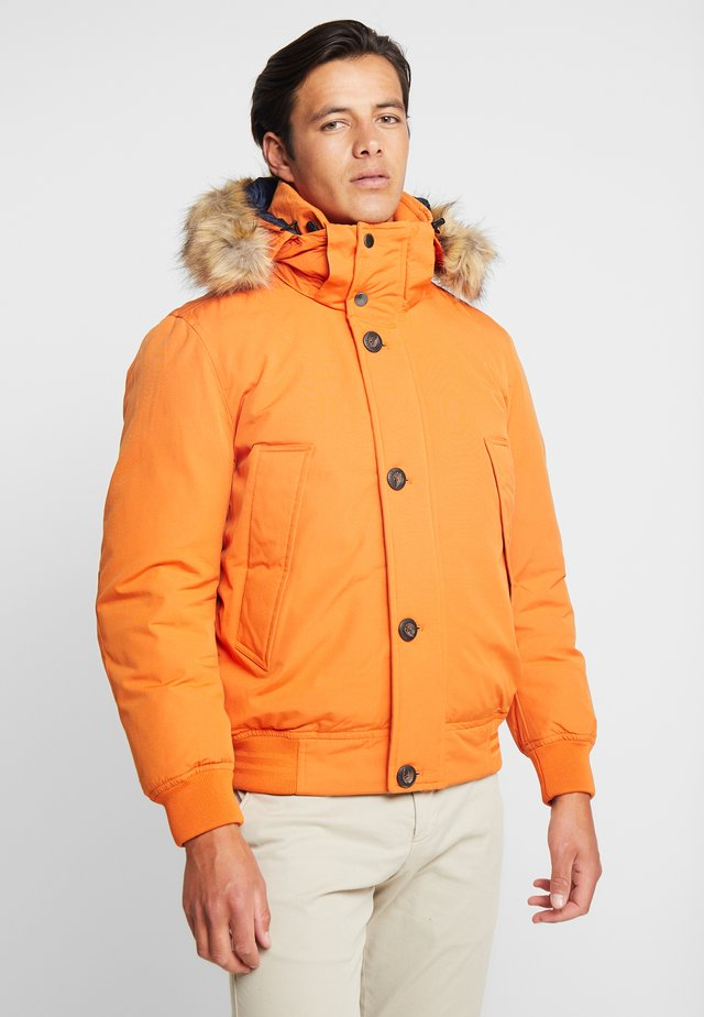 HAMPTON DOWN  - Down jacket - orange