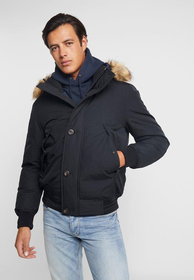 HAMPTON DOWN  - Gewatteerde jas - black