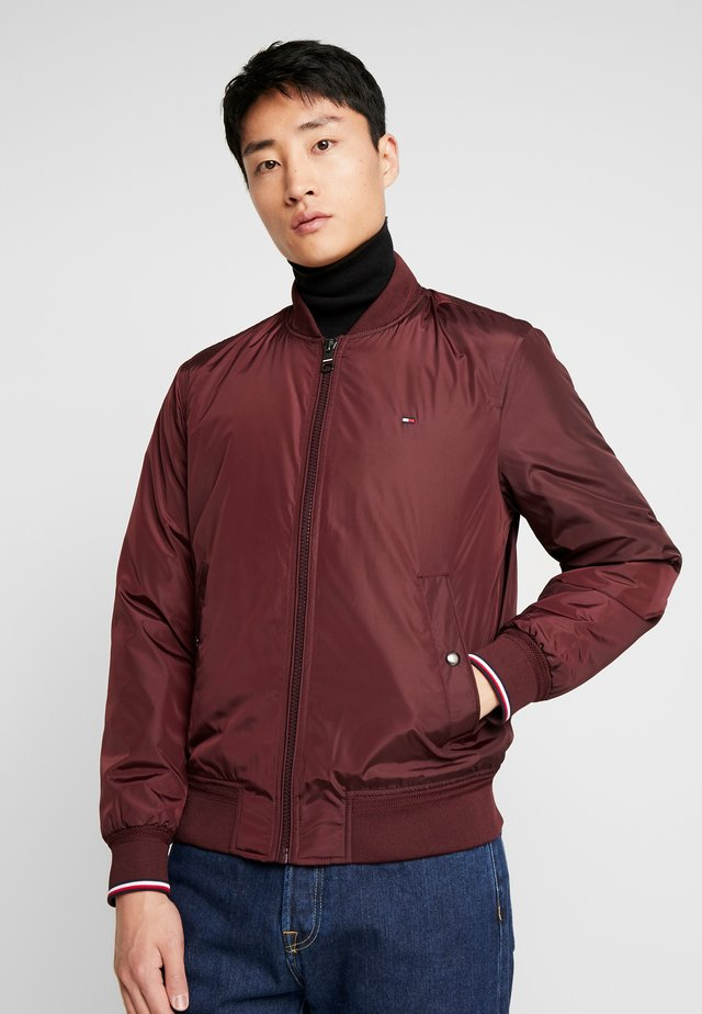 PADDED BOMBER - Bomber Jacket - bordeaux