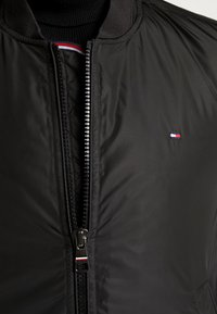 Tommy Hilfiger - PADDED BOMBER - Bomberjacks - black - 3