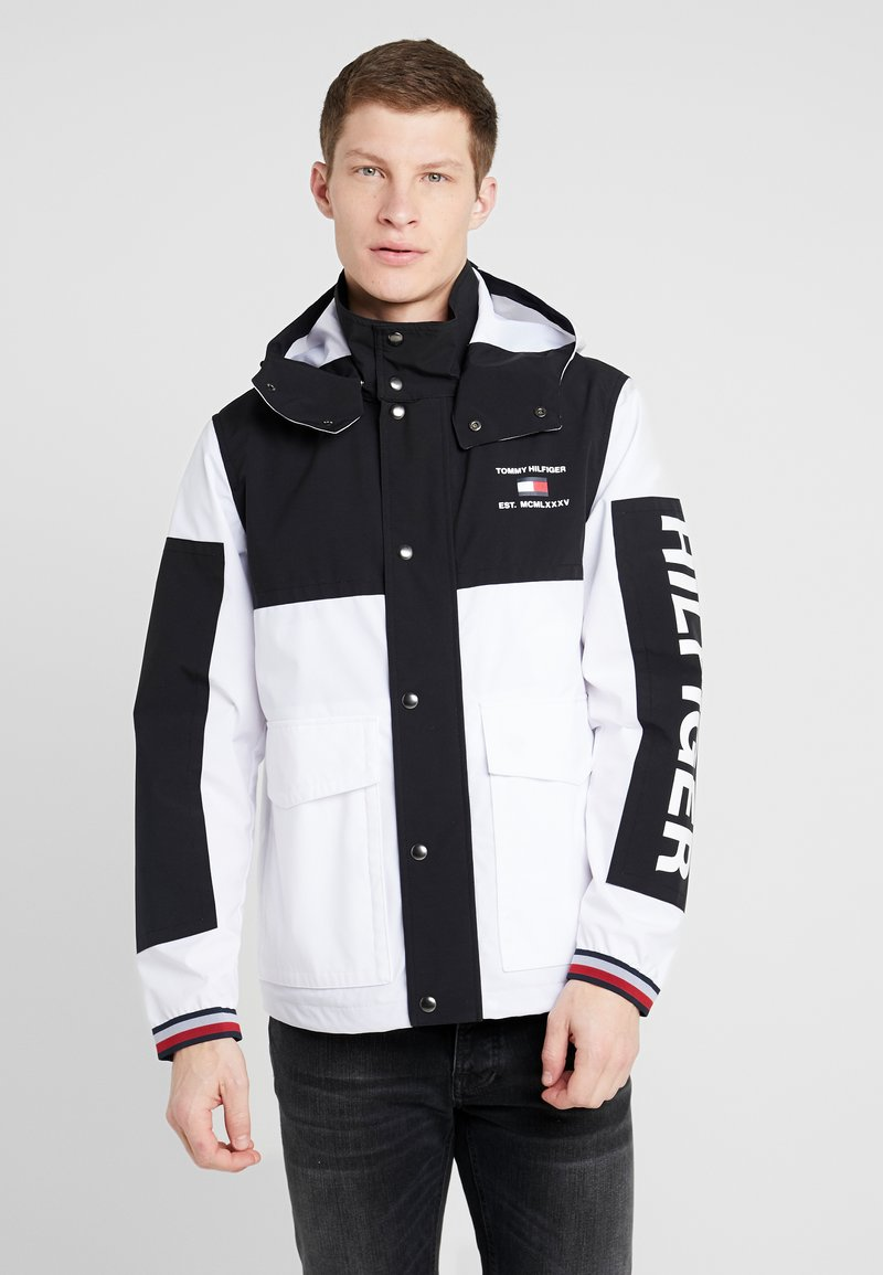 Tommy Hilfiger - COLOURBLOCK DETACH HOODED JACKET - Korte jassen - white