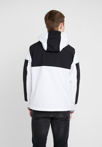 Tommy Hilfiger - COLOURBLOCK DETACH HOODED JACKET - Korte jassen - white - 2
