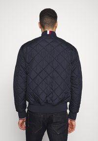 Tommy Hilfiger - CHEVRON QUILTED  - Bomberjacks - blue - 2