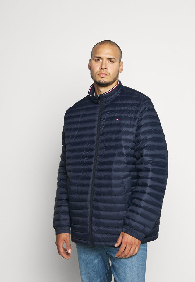 CORE PACKABLE JACKET - Down coat - blue