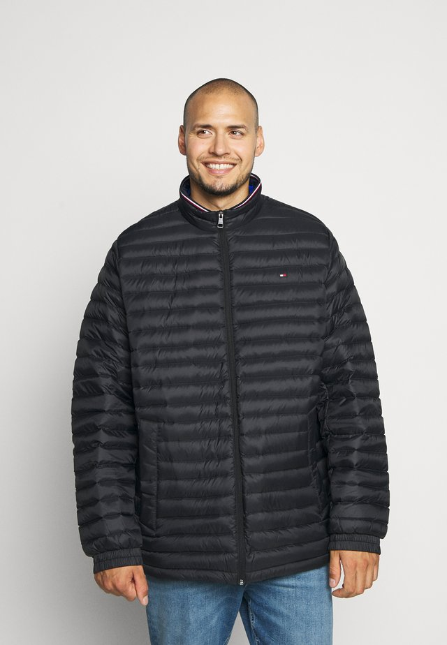 CORE PACKABLE JACKET - Down coat - black