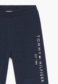 Tommy Hilfiger - ESSENTIAL CYCLING - Shorts - blue - 3