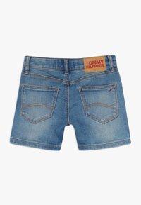 Tommy Hilfiger - NORA BASIC  - Shorts vaqueros - denim - 1