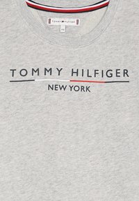 Tommy Hilfiger - CREW DRESS - Korte jurk - grey - 4