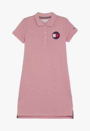ESSENTIAL DRESS - Robe d'été - pink