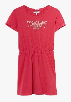 TEE DRESS  - Žerzejové šaty - pink