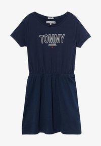 Tommy Hilfiger - TEE DRESS  - Žerzejové šaty - blue - 2