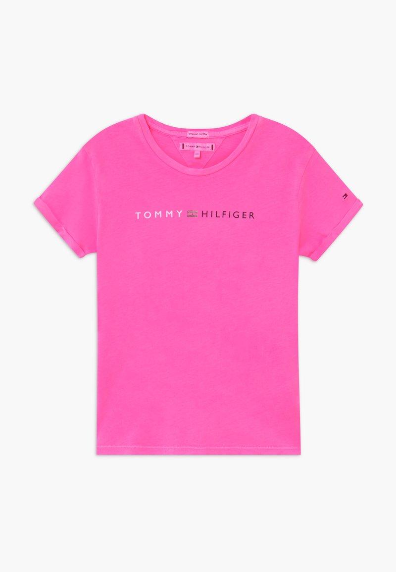 Tommy Hilfiger - ESSENTIAL ROLL UP - T-shirt z nadrukiem - pink