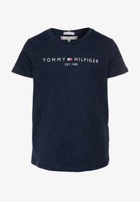 Tommy Hilfiger - ESSENTIAL TEE  - T-shirt imprimé - blue - 0