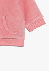 Tommy Hilfiger - BABY ZIP HOODIE - Sweatjacke - pink icing - 2