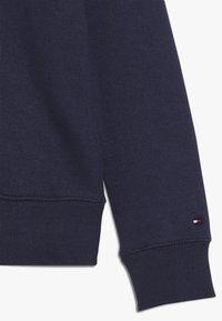 Tommy Hilfiger - ICONIC LOGO CREW  - Sweatshirt - blue - 2