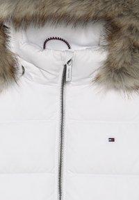 Tommy Hilfiger - ESSENTIAL BASIC JACKET - Down jacket - white - 4