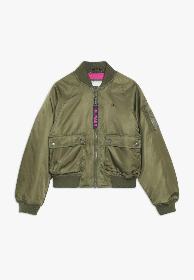 UTILITY JACKET - Winter jacket - green