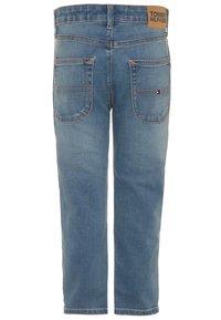 Tommy Hilfiger - MODERN STRAIGHT - Jeans straight leg - denim - 1