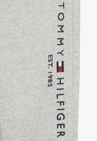 Tommy Hilfiger - ESSENTIAL - Pantalon de survêtement - grey - 3