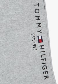 Tommy Hilfiger - ESSENTIAL - Pantaloni sportivi - grey - 2