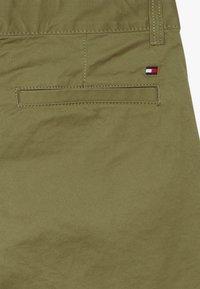 Tommy Hilfiger - ESSENTIAL  - Shorts - green - 4