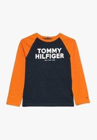 Tommy Hilfiger - COLOR BLOCK RAGLAN TEE - Longsleeve - blue - 0