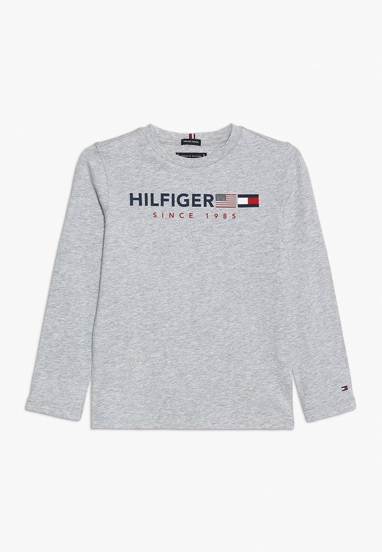 Tommy Hilfiger - FLAGS GRAPHIC TEE  - Pitkähihainen paita - grey