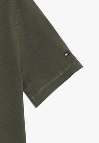 Tommy Hilfiger - LOGO TEE  - T-shirt print - green - 3