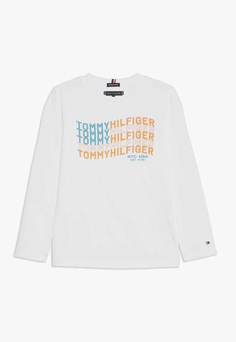 Tommy Hilfiger - FLAG - Langærmede T-shirts - white