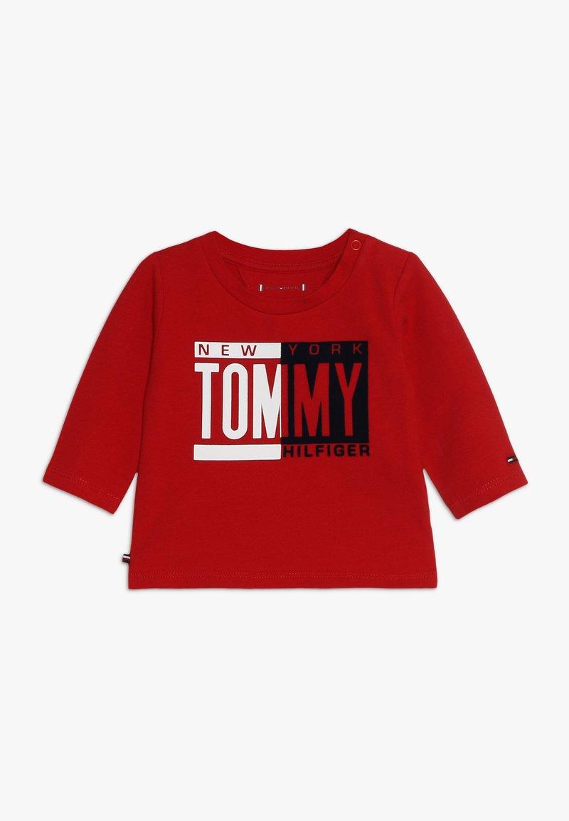 Tommy Hilfiger - BABY BOY TEE - Bluzka z długim rękawem - apple red