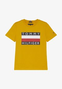 Tommy Hilfiger - ESSENTIAL TEE - Printtipaita - yellow - 2