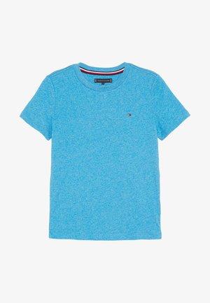 ESSENTIAL JASPE TEE - Jednoduché triko - blue