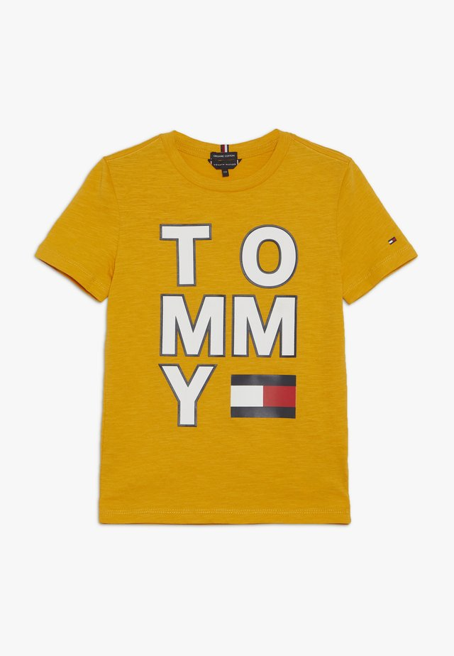 MULTI APPLICATION TEE - Camiseta estampada - yellow