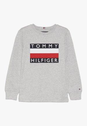 ESSENTIAL TEE - Langærmede T-shirts - grey