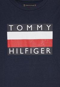 Tommy Hilfiger - ESSENTIAL TEE - Bluzka z długim rękawem - blue - 3