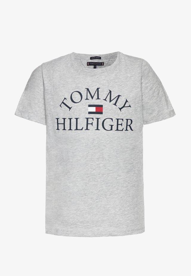 ESSENTIAL LOGO - Camiseta estampada - grey