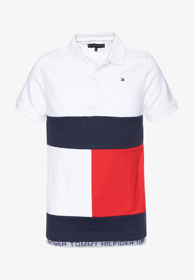 COLORBLOCK FLAG - Polo shirt - white