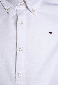 Tommy Hilfiger - BOYS OXFORD  - Košile - bright white - 2