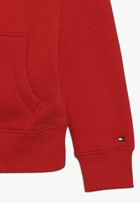 Tommy Hilfiger - ESSENTIAL HOODIE - Mikina s kapucí - red - 4