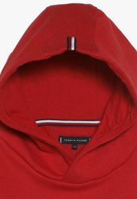 Tommy Hilfiger - ESSENTIAL HOODIE - Mikina s kapucí - red - 2