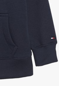 Tommy Hilfiger - ESSENTIAL HOODIE - Jersey con capucha - blue - 2
