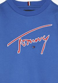 Tommy Hilfiger - ESSENTIAL SIGNATURE - Collegepaita - blue - 4