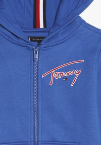 Tommy Hilfiger - ESSENTIAL SIGNATURE HOODED ZIP - Zip-up hoodie - blue - 4