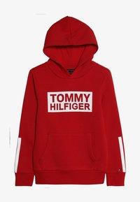 Tommy Hilfiger - SPECIAL HOODIE - Bluza z kapturem - red - 2