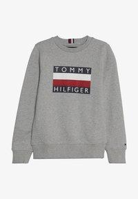 Tommy Hilfiger - ESSENTIAL  - Bluza - grey - 2